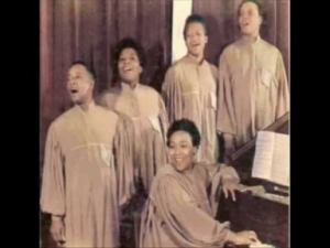 The Roberta Martin Singers - I Can Make It